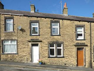 DALES COTTAGE, fantastic location, flexible sleeping, WiFi, cosy cottage in Skipton, Ref. 926060