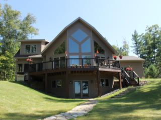 The Gathering House, Scattering Rice Lake,Sleeps16, Eagle River