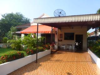 1 Double bedroom Villa  with garden, Udon Thani