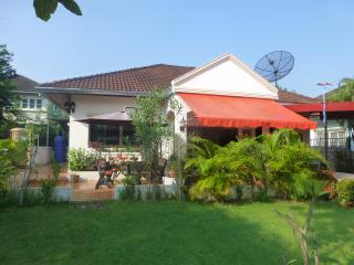 2 Double bedroom Villa with Garden, Udon Thani