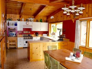 Book 3 and get the 4th night FREE in 2015, Missoula