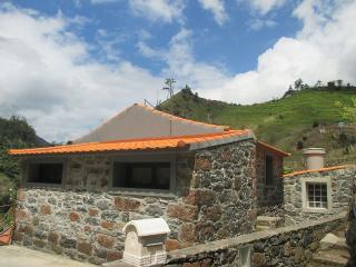 Lovely cottage, suitable for zen&romantic holidays, Sao Vicente