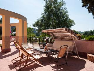 Family-Friendly Sicilian Villa with Cottage - Villa Agrume with Cottage, Brucoli