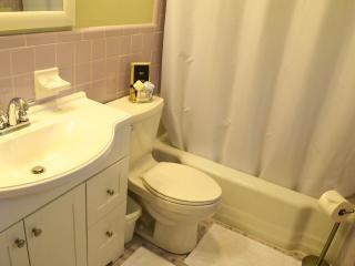 Master Bath, En Suite, Shower/Tub Combination