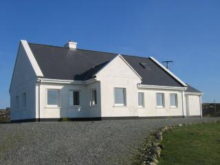 Detached House with superb and scenic Connemara, Ballyconneely