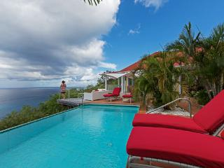 Nestled in the hillside of Colombier offering spectacular ocean views WV CLO