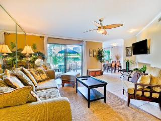 Beautiful condo with heated oceanfront pools and jacuzzis - beach access, Solana Beach