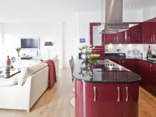 South Quay Holiday Apartment, Swansea