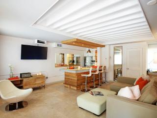 Ideal 1 Bedroom Townhouse in South Beach, Miami