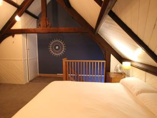 Converted chapel, Three double beds, Old Margate