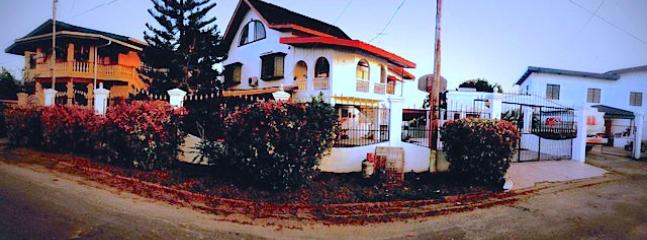Panoramic of House from outside (middle)