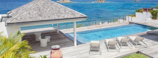 Villa Gustavia St. Barths Villa 267 Offers A Large Outdoor Area Overhanging The Ocean View And Faces The Sunset.
