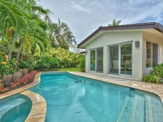 Luxury awe-inspiring spacious interior, Pool, Fort Lauderdale
