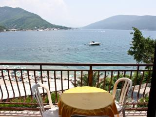 2 bedrooms apartment in Savina with sea views