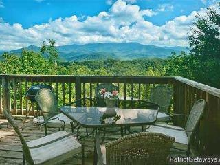 MOUNTAIN DREAMS, Pigeon Forge