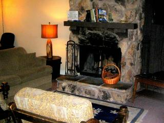 #108 Standard 2.5 BR Townhouse next to Snow Summit, Big Bear Lake