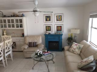 Lovely 3 Bedroom Beach House, South Padre Island