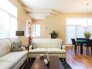 Upscale 4BR House in Denver's Desirable Wash Park