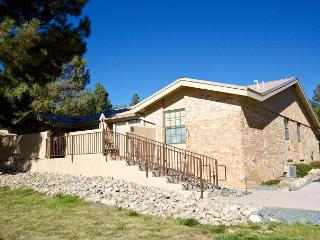 Vista Town Home #10 is a cute centrally located two bedroom, one bath condo., Ruidoso