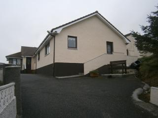 One Bedroom Self-Contained Apartment,  Sleeps 2, Castlebay