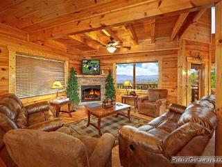 Living Room at Majestic Mountain View