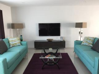 Stylish Remodeled Mid Century Condo in South Palm, Palm Springs