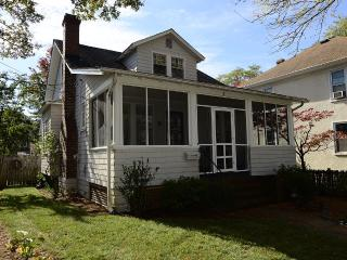 Convenient Home In Presidents Hill Area, Annapolis