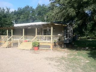 Country Cabin in the Woods, Fredericksburg
