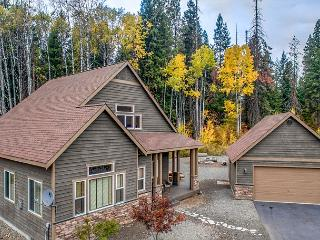 Highly Appointed 3BD Cabin | Hot Tub, Game Rm,Pool |Slps8, Oct 3rd Nt FREE!, Cle Elum