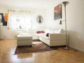 Easy Access Manhattan/NYC - Beautiful 2B 2BA, Jersey City