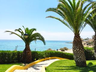 Beach Front 3BD Townhouse, Campello