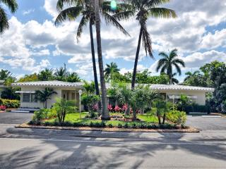 Villa Michal - Ft Lauderdale Beach / Walk to Beach, Fort Lauderdale
