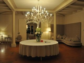 Large Villa in Tuscany for Weddings or Family Reunions  - Villa Conte Estate, Volterra