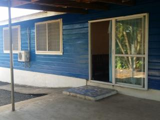 Lotopa Urban Backpackers - Entire house at one low, Apia