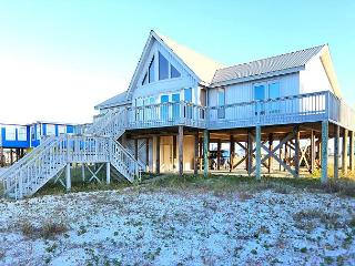 Breezy Lagoon-Front Rental in Gulf Shores – Sleeps 15