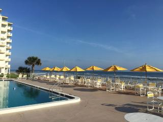 Direct Ocean Front Large Open Beach Area, New Smyrna Beach