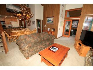 Mountainback #19, Loft, Den ~ RA52037, Mammoth Lakes