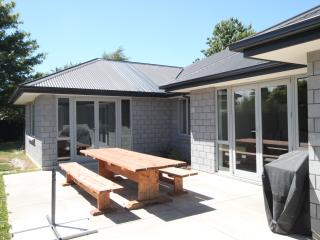 Ilam Villa - Christchurch Holiday Homes