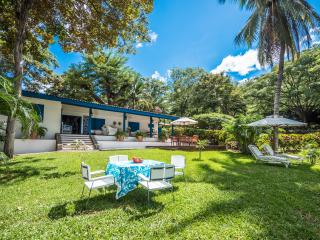 10% OFF - COLD WEATHER GET AWAY IN BLUE VILLA!, Gulf of Papagayo