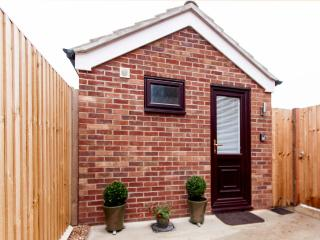 Serviced 1 Bedroomed Bungalow, Sawston