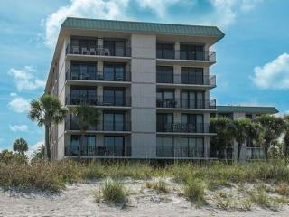 Beautiful Gulf Front Condo on Florida's Suncoast, Indian Rocks Beach