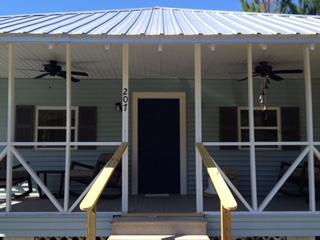 Unplug! Close to beach - secluded Waveland Cottage