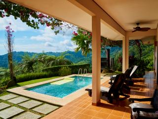 Panoramic Ocean View, Private Pool, 10min to beach, Dominical