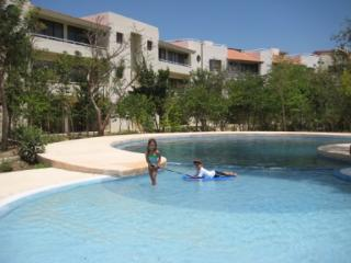 Quite and beautiful Apartment. 10 mins from Playa, Playa del Carmen