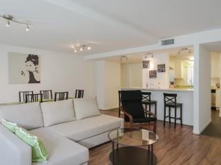 *2BD/2BA BANKERS HILL/LITTLE ITALY*, San Diego