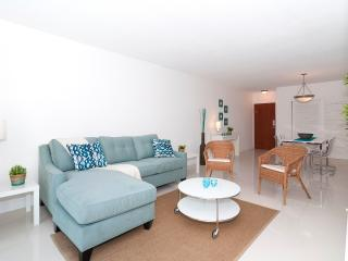 Ocean Front Condo on Hollywood Beach - 1 Bedroom