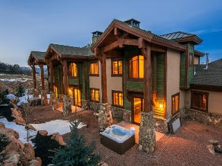 Fairway Villa Penthouse with Private Hot Tub, Park City