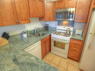 Comfortable 1-bedroom, Perfect for Your Maui Vacation!, Kihei