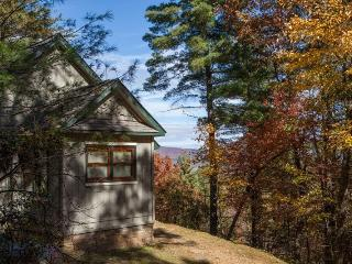 Ananda - Romantic Spa Cabin with hydrotherapy tub and breathtaking mountain view!, Chatsworth