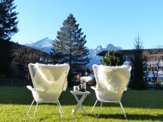 Spectacular View meets TOP Location with garden, Garmisch-Partenkirchen
